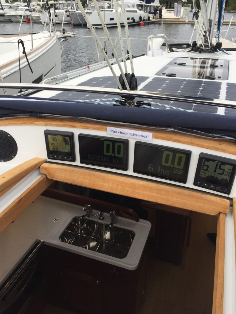 Linjett 43 segelbåt utsikt från båten