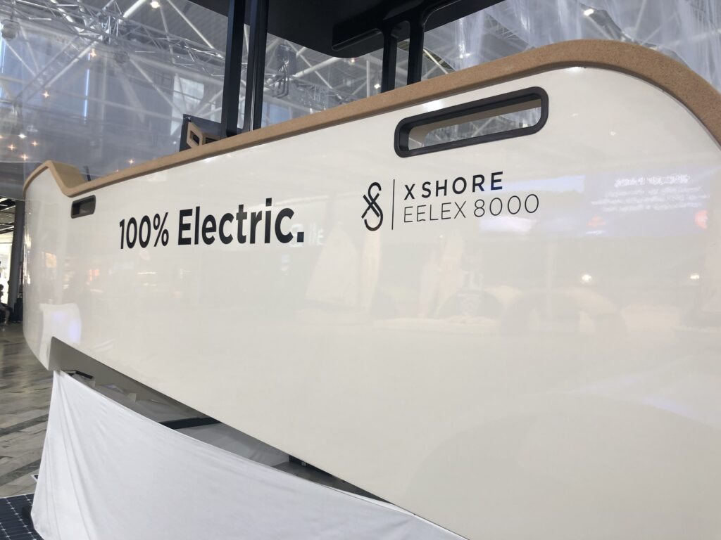 X shore elbåt