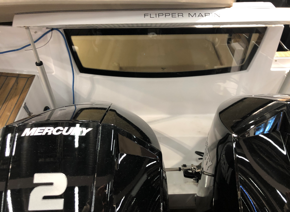 Flipper 900 ST i aktern