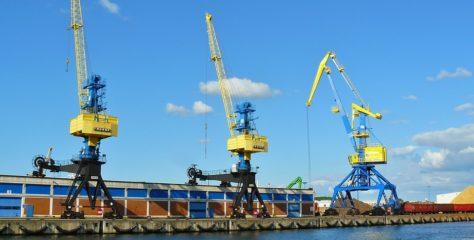 Importera båten själv eller köp begagnat utomlands?