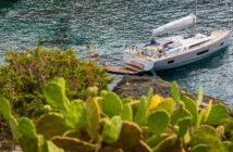Oceanis Yacht