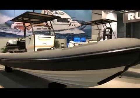 Rupert ribbåt på båtmässan i Älvsjö